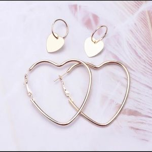 💕New 3/35 Heart Hoops w/Small Heart Charm Gold